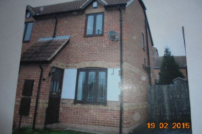 Thumbnail Semi-detached house to rent in North End Drive, Harlington, Doncaster