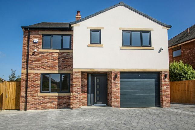 Thumbnail Detached house for sale in Huddersfield Road, Mirfield, West Yorkshire