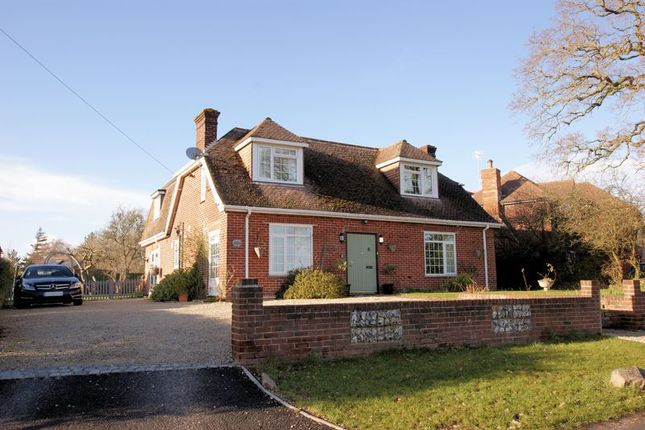 Thumbnail Detached house for sale in Forest Lane, Fareham
