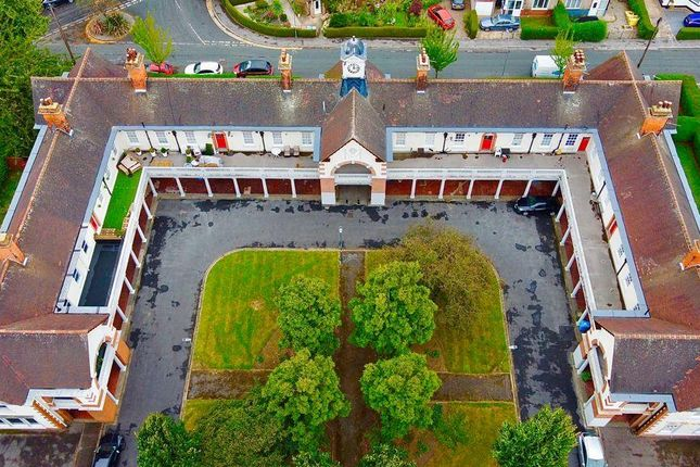 Thumbnail Block of flats for sale in Approx 8% Yield, Garden Village, Hull