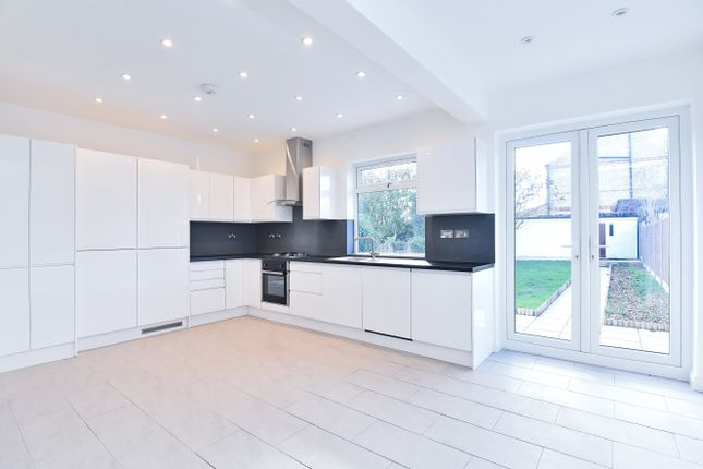 Thumbnail Detached bungalow for sale in Oakleigh Road North, London