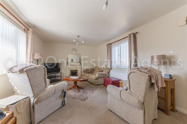 Thumbnail Flat for sale in Brynglas, Hollybush, Cwmbran