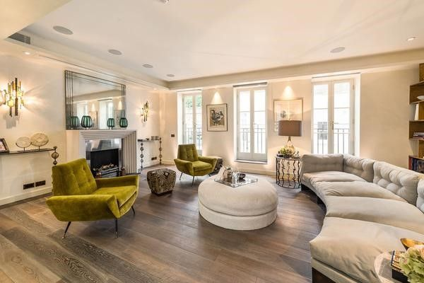 Thumbnail Property to rent in Eaton Mews South, London