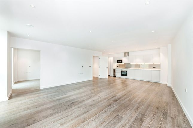 2 bed flat to rent in Birchside Apartments, 1 Albert Road, London