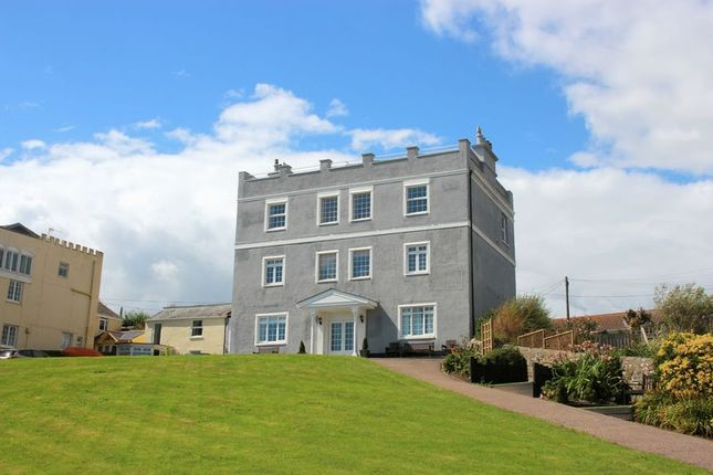 2 bed flat to rent in Castle Hill, Seaton EX12