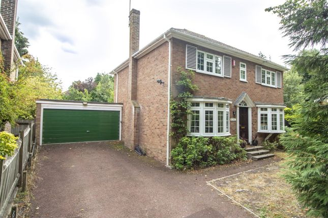 Thumbnail Detached house to rent in Victoria Hill Road, Fleet