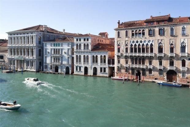 3 bed apartment for sale in Ca' Morolin Attic, San Marco, Venice, Italy