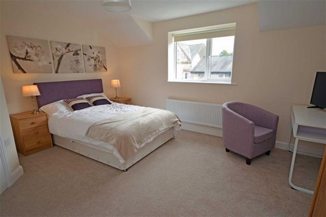 Thumbnail Flat to rent in Alexander Road, Ulverston, Cumbria