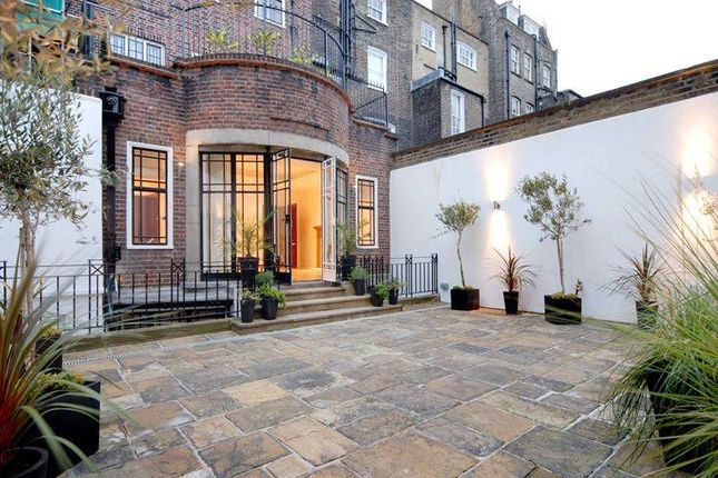 Thumbnail End terrace house to rent in Weymouth Street, Marylebone, London