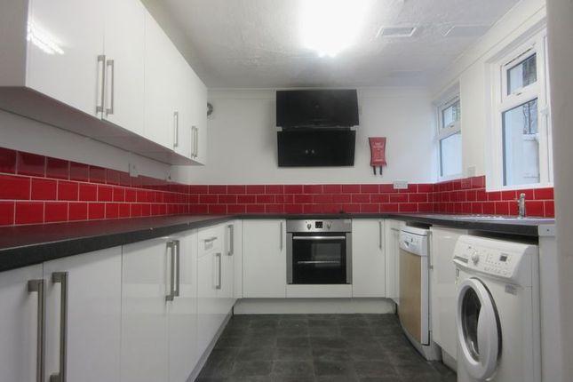 Kitchen of Cobden Road, Brighton BN2