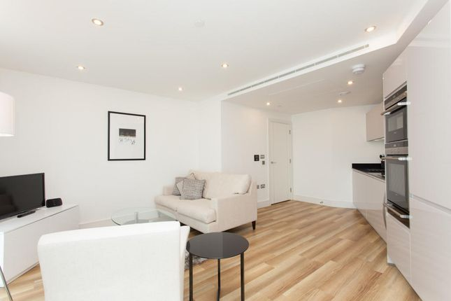Thumbnail Flat to rent in Altitude Point, Aldgate