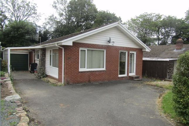 Thumbnail Bungalow to rent in 7, Cortay Park, Llanyre, Llandrindod Wells, Powys