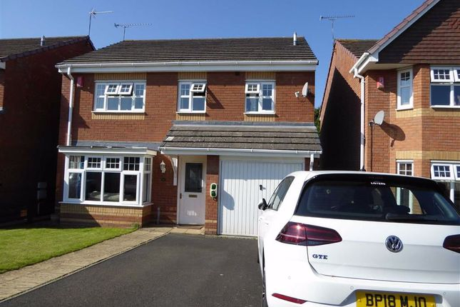 Thumbnail Detached house for sale in Eglamour Way, Heathcote, Warwick