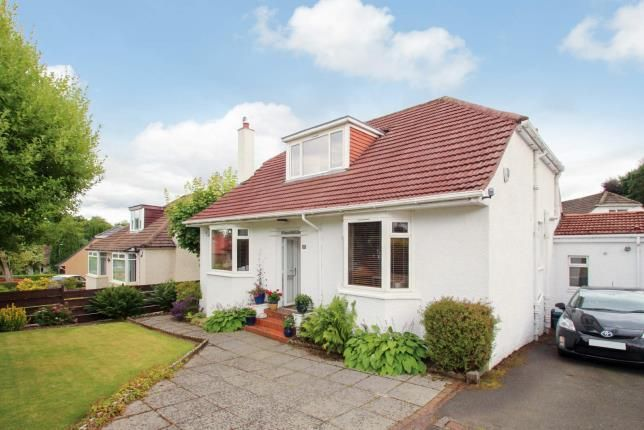 Thumbnail Bungalow for sale in Cairnhill Road, Bearsden, Glasgow, East Dunbartonshire