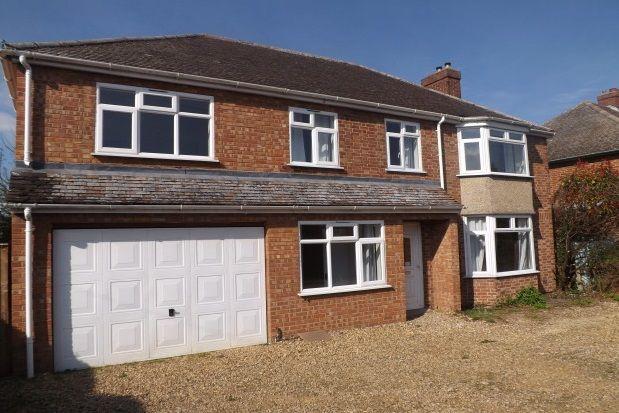 Thumbnail Property to rent in Queen Ediths Way, Cherry Hinton, Cambridge