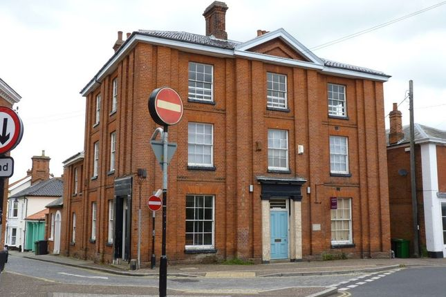5 bed town house for sale in Old Market Place, Harleston