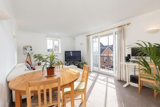Thumbnail Flat to rent in Bewley Street, Wimbledon