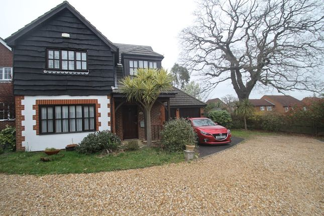 Thumbnail Detached house to rent in The Kestrels, Hamble Lane, Bursledon