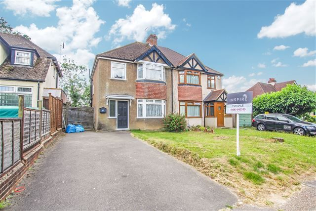Thumbnail Semi-detached house for sale in Barnfield Road, Crawley