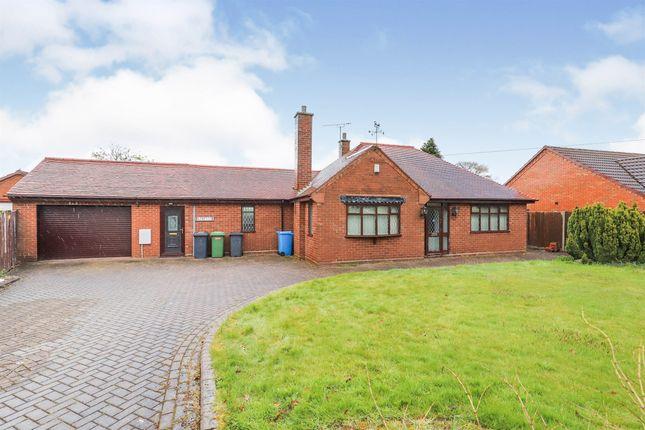 3 bed detached bungalow for sale in Hobnock Road, Essington, Wolverhampton WV11