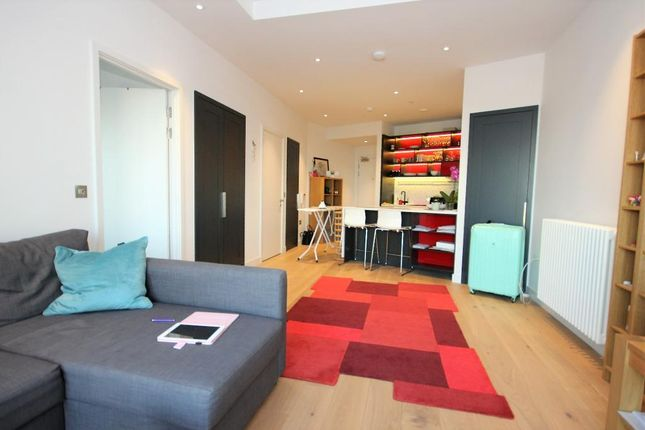 Thumbnail 1 bed flat for sale in Grantham House, 46 Botanic Square, London