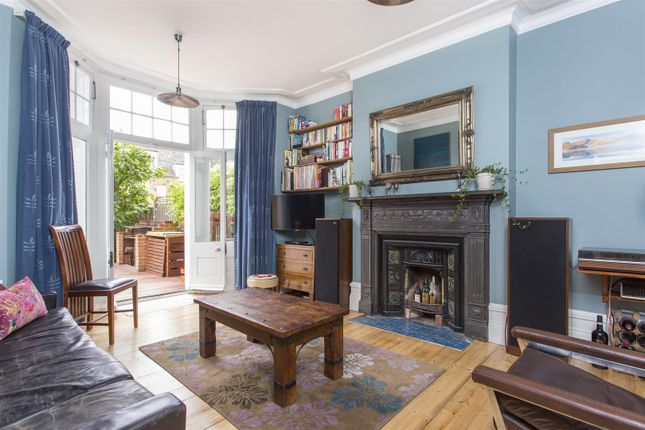 Thumbnail Maisonette for sale in Durley Road, Stamford Hill, London