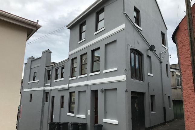 Thumbnail 2 bed flat to rent in Union Street, Toirquay