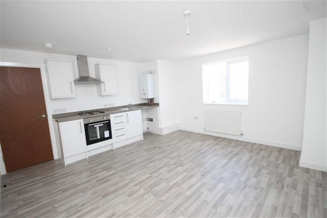 2 bed flat to rent in Vauxhall Road, Liverpool