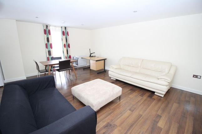 1 bed flat to rent in Flat 1 Victoria House, 50 - 52 Victoria Street, Sheffield