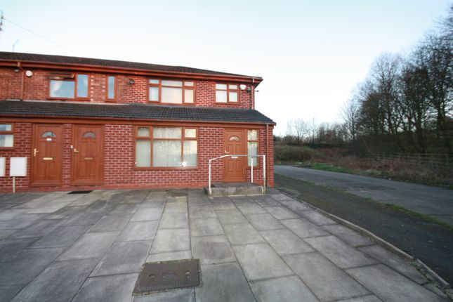 Thumbnail Flat to rent in Queens Drive, Queensway, Rochdale