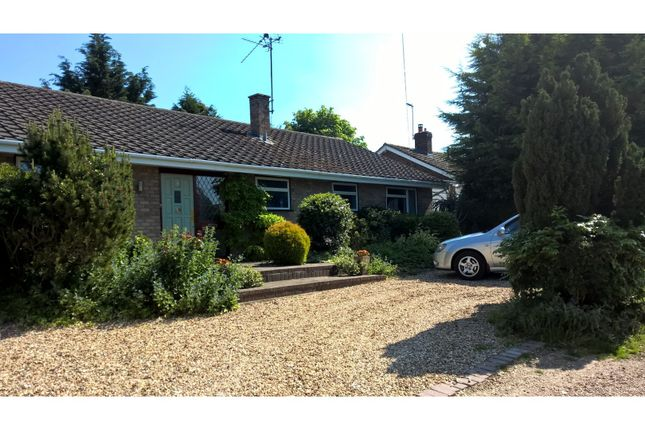 Thumbnail Detached bungalow for sale in The Slipe, Cheddington