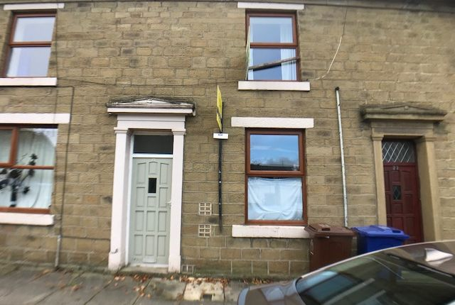 Thumbnail Maisonette to rent in Church St, Clayton Le Moors