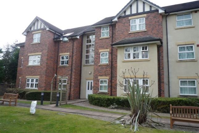 Thumbnail Flat to rent in London Road South, Poynton, Stockport