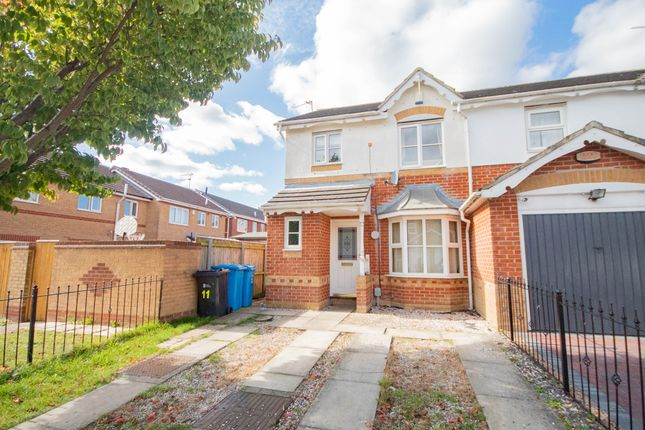 Thumbnail Semi-detached house to rent in Harlequin Drive, Kingswood, Hull
