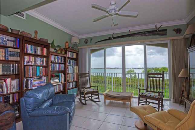Block of flats for sale in 32 Harbour Isle Dr, Fort Pierce, St. Lucie County, Florida, United States