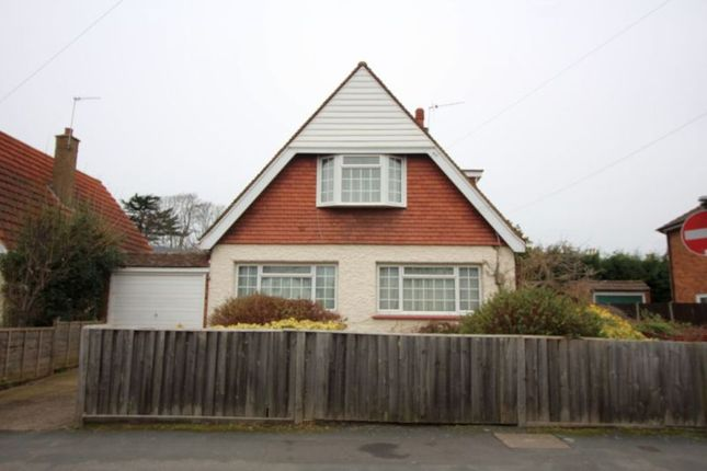 Thumbnail Detached bungalow to rent in Blue Ball Lane, Egham