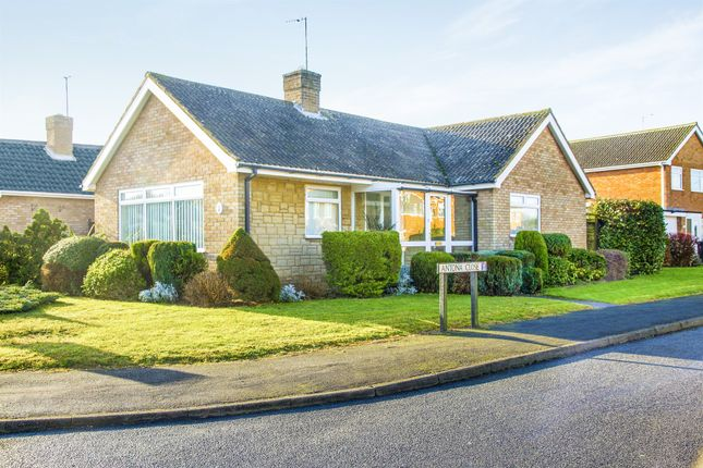 Thumbnail Detached bungalow for sale in Antona Drive, Raunds, Wellingborough