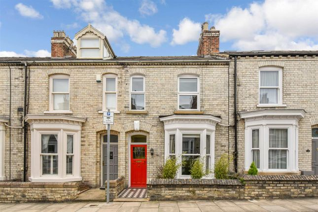 Thumbnail Terraced house for sale in Thorpe Street, York