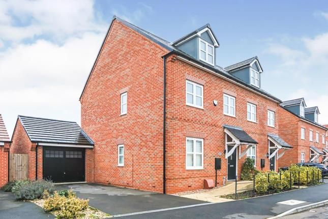3 bed semi-detached house for sale in Mallard Close, Southam, Warwickshire, England CV47