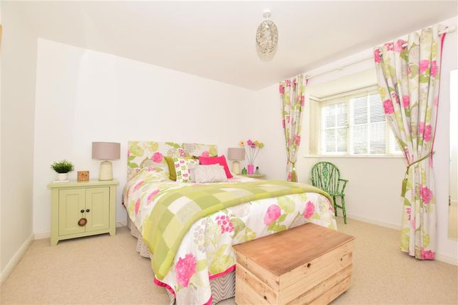 Bedroom 1 of College Avenue, Maidstone, Kent ME15