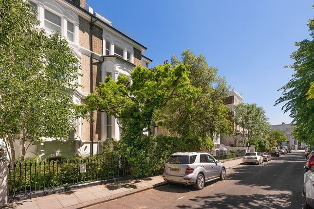 Thumbnail Flat for sale in Harley Gardens, Chelsea