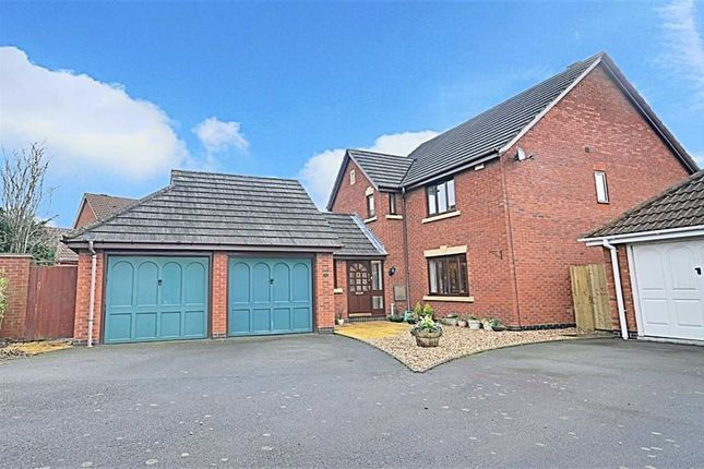 Thumbnail Detached house for sale in Hever Avenue, Warndon, Worcester