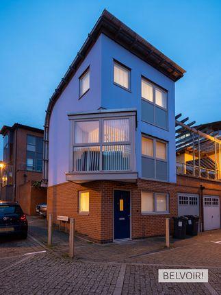 Thumbnail Town house to rent in Bradshaw Close, Edgbaston, Birmingham