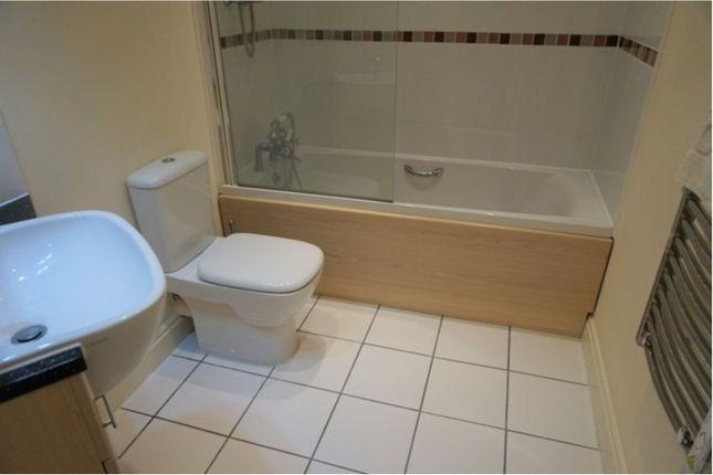 Bathroom of Clifton Drive South, Lytham St. Annes FY8