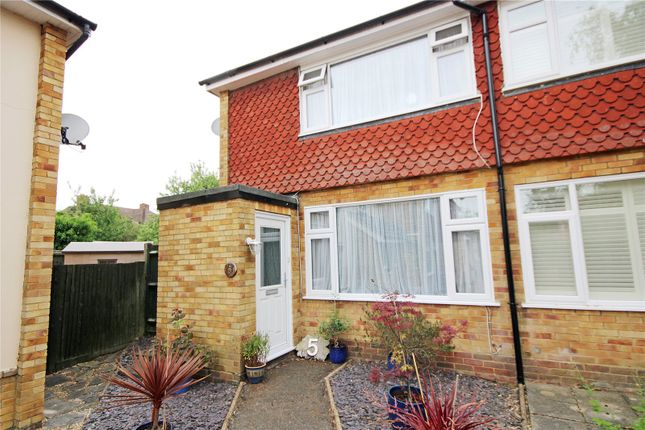 Picture No. 29 of Hillside Gardens, Addlestone, Surrey KT15