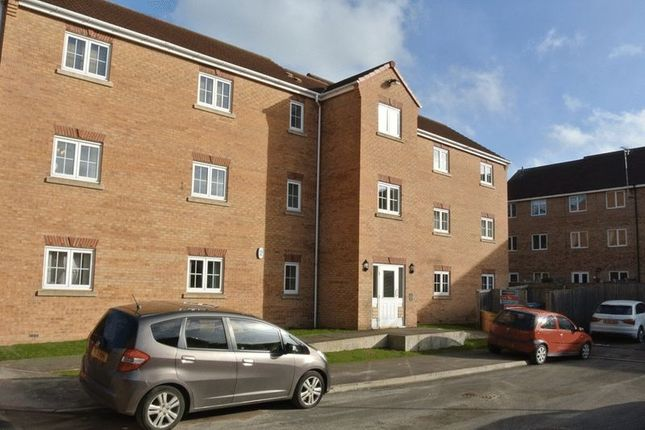 Thumbnail Flat for sale in Cairngorm Drive, Mansfield