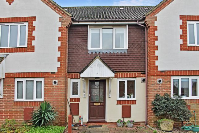Thumbnail Detached house to rent in Wheatsheaf Close, Burgess Hill