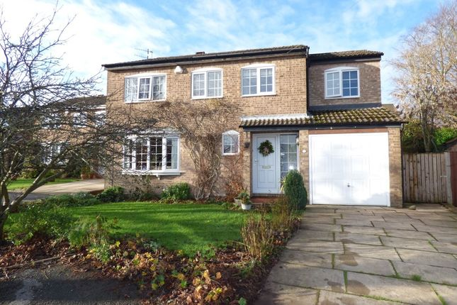Thumbnail Detached house for sale in Acrehowe Rise, Baildon, Shipley