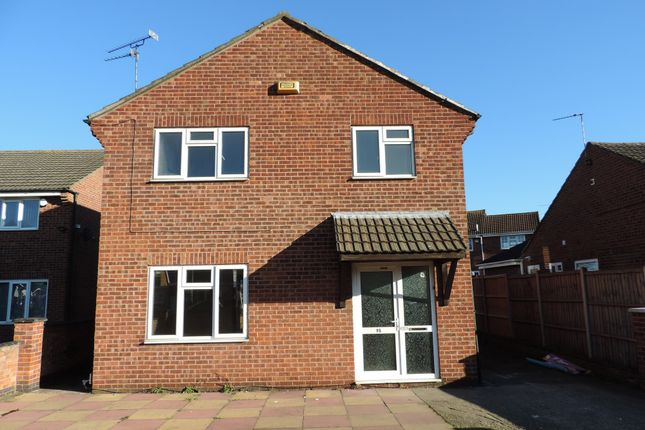 Detached house to rent in Nicklaus Road, Leicester