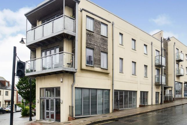 2 bed flat to rent in Park Avenue, Devonport, Plymouth PL1